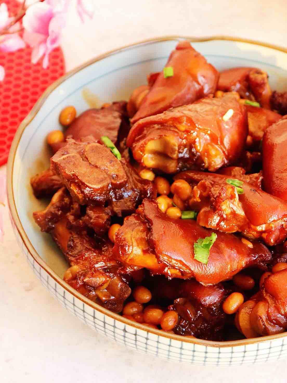 简单易学的美味红烧猪蹄