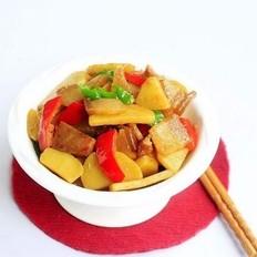 土豆焖咸肉