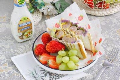 紫土豆沙拉芝士肠三明治简单快手早餐