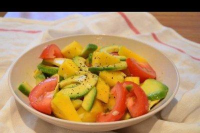 牛油果香蕉沙拉+芒果蜂蜜水