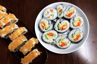 两款简单黄瓜海苔寿司卷