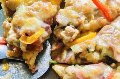 培根鸡肉口蘑披萨
