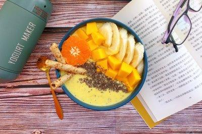 芒果酸奶思慕雪