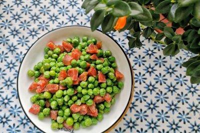 豌豆炒香肚