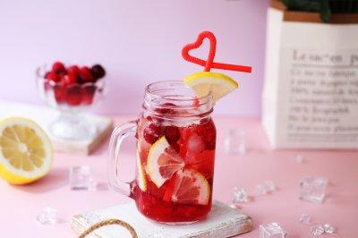 蔓越莓鸡尾酒