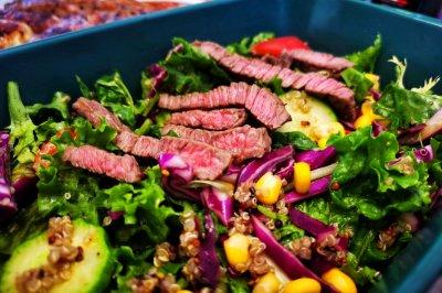 牛排蔬菜沙拉