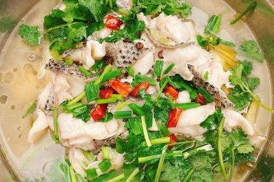 家常版酸菜鱼