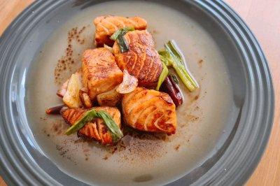 入口即化酱香三文鱼