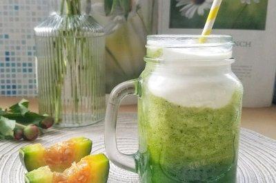 秒杀奶茶:低脂蜜瓜酸奶思慕雪冰饮