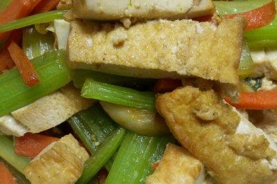 素炒炸豆腐