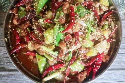 能吃两大碗饭的干锅鸡丁
