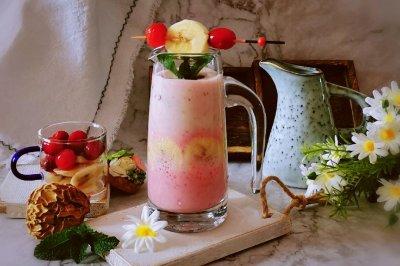蔓越莓香蕉酸奶昔