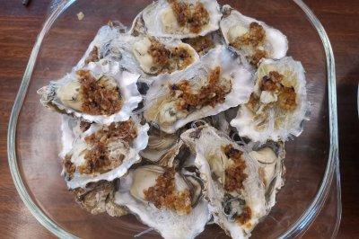 蒜蓉粉丝牡蛎蒸