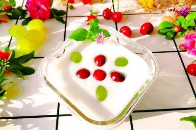 减脂代餐燕麦酸奶