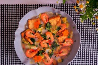 减脂低卡鲜虾豆腐白菜汤