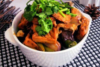 安徽街边小吃:猪血豆腐