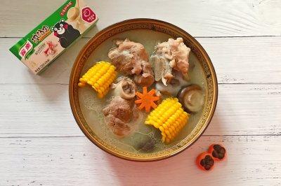 香浓玉米大骨汤