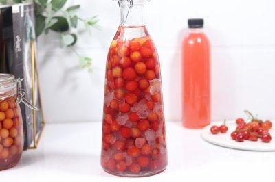 樱桃酒酱罐头
