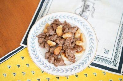 大蒜牛肉粒