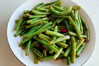 家常蒜炒豇豆