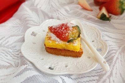 草莓西多士