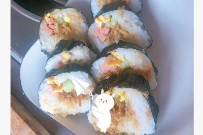 好好吃的肉松寿司卷