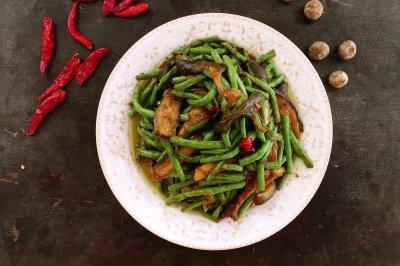下饭菜豇豆烩茄子