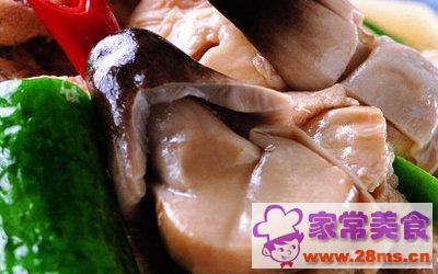 蘑菇炒猪瘦肉片