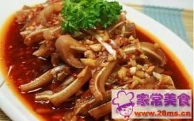 海白菜烧猪耳